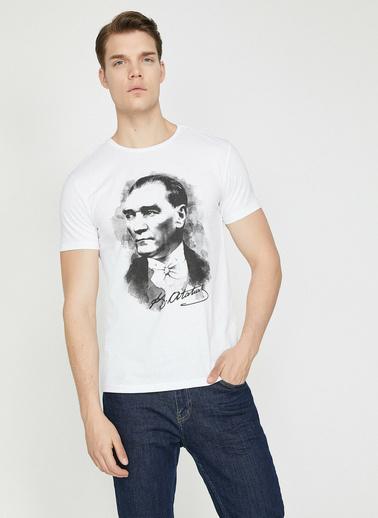 Koton Atatürk Baskılı T-Shirt Beyaz